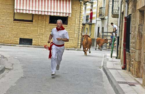 Chef-running-in-his-native-village-2007